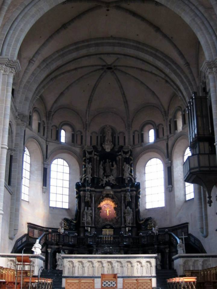 Trier Cathedral altar