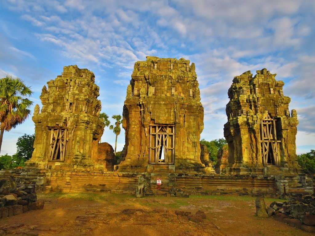 A Quiet Sunset Over Phnom Krom 3