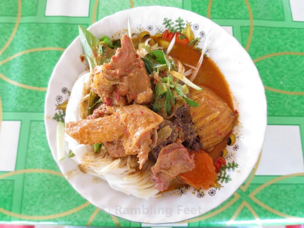 Nom banh chok Banteay Srei